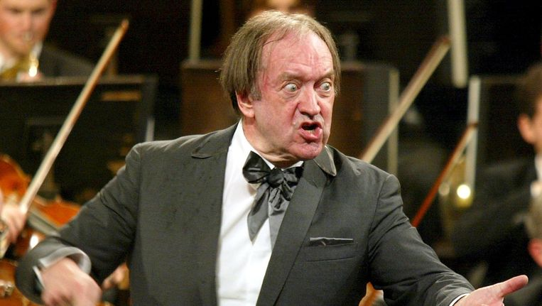 Dirigent Nikolaus Harnoncourt in Wenen. Beeld Reuters