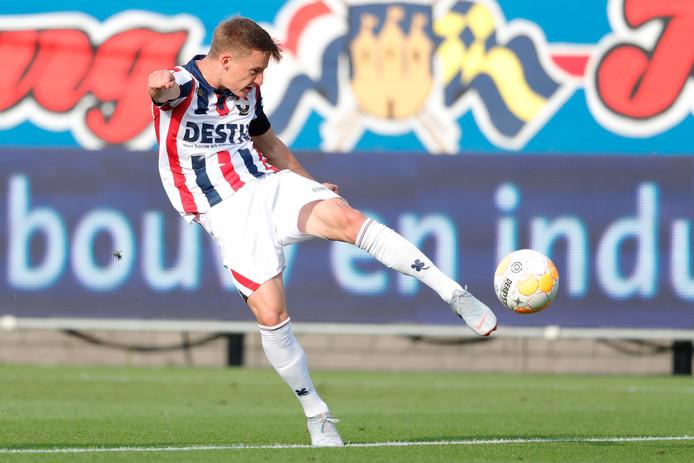 James McGarry in actie voor Willem II.