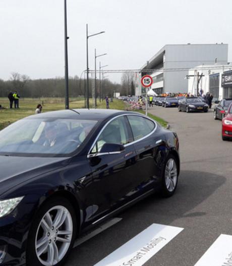 Wereldrecord gevestigd door 746 elektrische auto's in Eindhoven