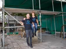 De tuin van Ad en Sandra vaart wel bij afgelasten Bloemencorso Valkenswaard