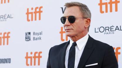 Dronken Daniel Craig neemt afscheid van James Bond