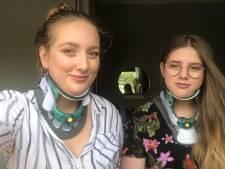 Operatie moet doodzieke zusjes redden: 'Ik kan niet wachten om weer naar school te gaan'