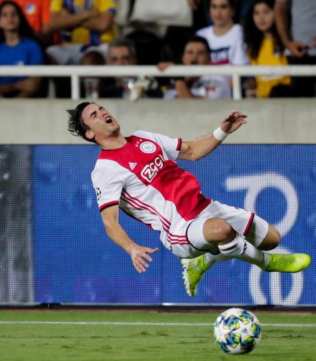 Ajax naarstig op zoek naar kantelpunt