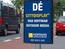 Hellendoorn doet 'rommelige sandwichborden' in ban en kiest voor reclamedisplays aan lantaarnpalen