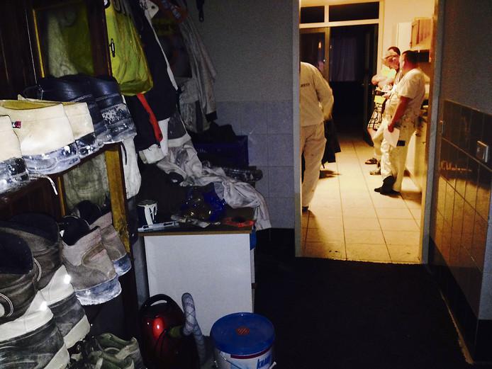 Het actieteam arbeidsmigranten tijdens een controle vorig jaar in Helmond. Dit team is opgegaan in het PIT-team.