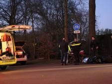 Gewonden bij aanrijding tussen scooter en wielrenner in Haarzuilens