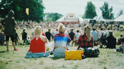 Dit zijn de meest praktische (en hippe) handtassen voor een festival