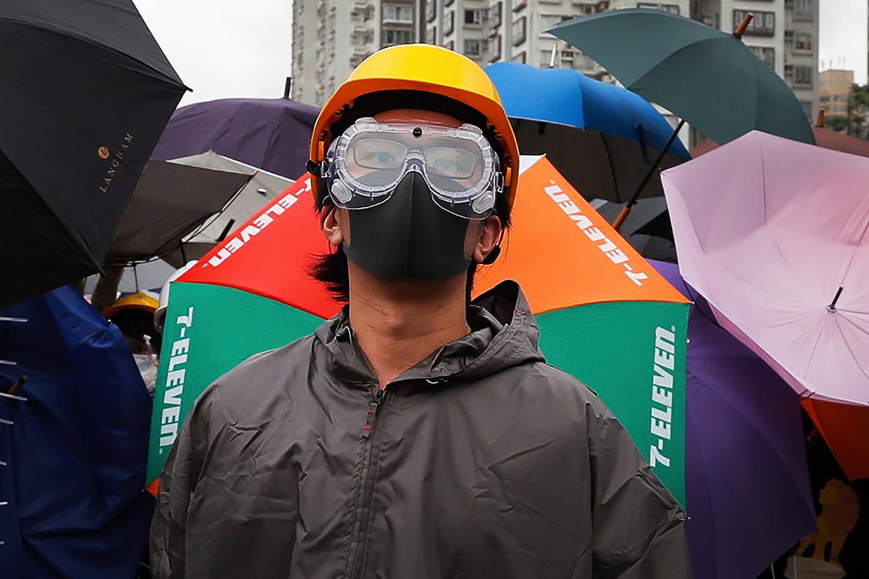 Een demonstrant in Hongkong.