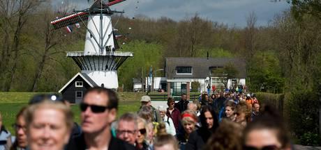 Tienduizenden wandelaars genieten van  Bloesemtocht