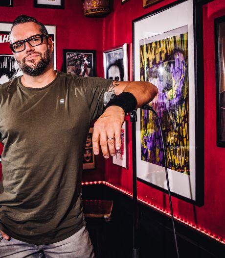"""Antwerpse comedians vragen in nieuwe campagne """"efkes serieus"""" te zijn en coronamaatregelen strikt op te volgen"""