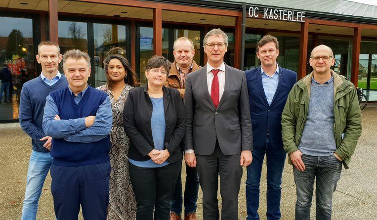 Rita Thijs (midden vooraan) met het schepencollege van coalitiepartner CD&V.