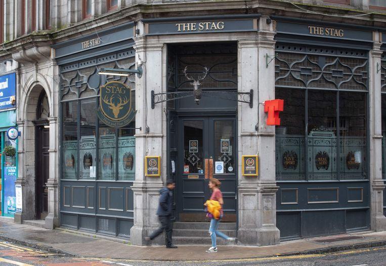 Kroegen en restaurants in Aberdeen moesten woensdag hun deuren sluiten. Beeld AFP