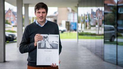 Burgemeester siert mannenkalender voor goed doel
