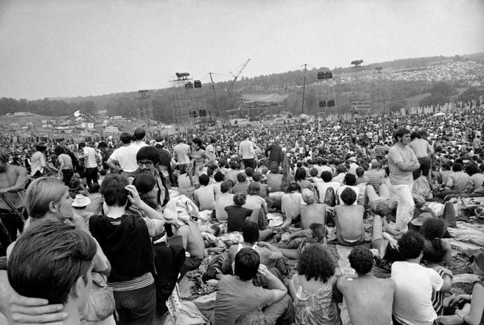 Ruim 400.000 mensen bezochten Woodstock in New York in 1969.