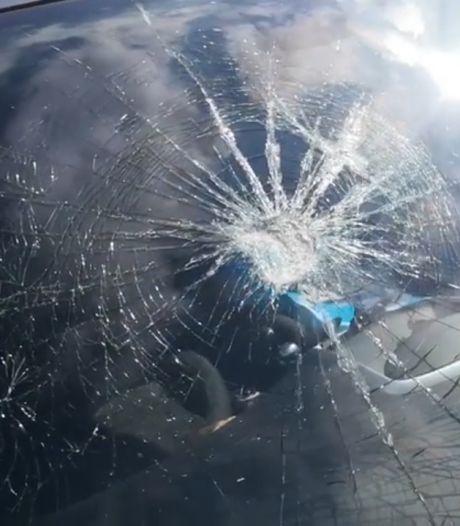Glazen vaas op rijdende auto gegooid: Helmondse in shock na incident op Kasteel-Traverse
