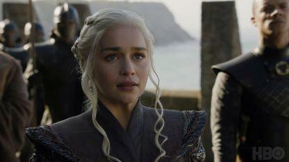 """Emilia Clarke over haar laatste scènes in 'Game of Thrones': """"Ik vind het niet fijn dat Daenerys zo herdacht zal worden"""""""
