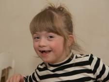 Josje (6) heeft het Down-syndroom en is model