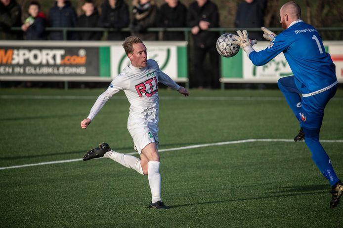 Sjors Storkhorst scoorde een hattrick voor RKZVC.