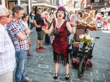 Spectaculair straattheater op eerste Sluise avondmarkt