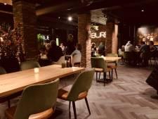 Uitgebreid tafelen met oneindig veel kleine hapjes bij De Buren in Terheijden