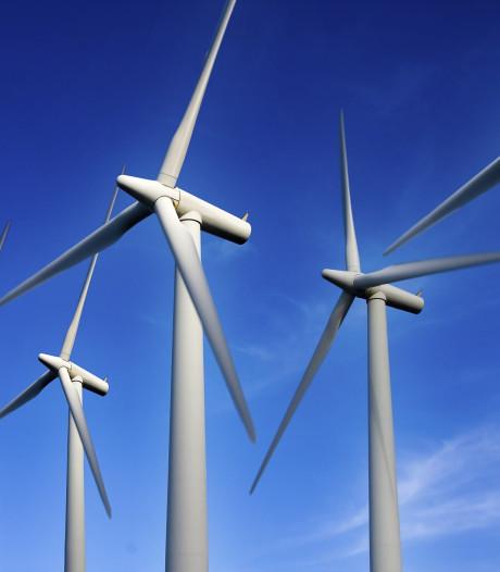 170 meter hoge windmolens vlak over de grens bij Borkel en Schaft