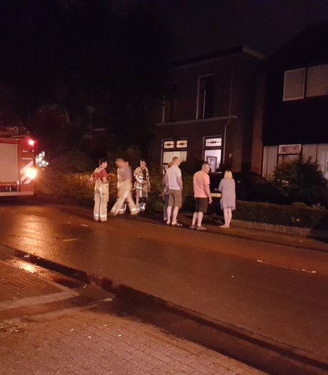 Huizen zonder stroom na blikseminslag in Hengelo