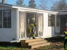 Spiksplinternieuwe chalet in brand op camping in Esbeek