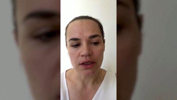 Tichanovskaja tijdens haar videoboodschap.