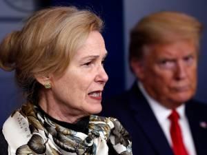 """Les révélations d'une ancienne conseillère de Trump: """"Il recevait des données parallèles sur la pandémie"""""""