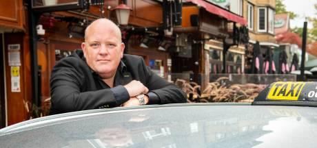 Trouwe klanten schieten taxichauffeur Rene te hulp na noodkreet: 'Heb me 5 jaar de klere gewerkt'