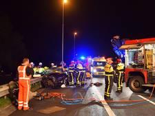 Valkenswaardse gewonden bij botsing met truck op A58; bestuurder uit Eindhoven mogelijk te veel gedronken