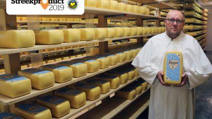 """Postelse harde abdijkaas van Postelre nv: """"De melk komt niet meer van onze eigen boerderij, maar de kaas wordt wel nog binnen de abdijmuren gemaakt"""""""