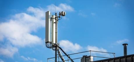 Jaarwisseling: datarecord netwerk KPN door thuisblijven en vuurwerkverbod