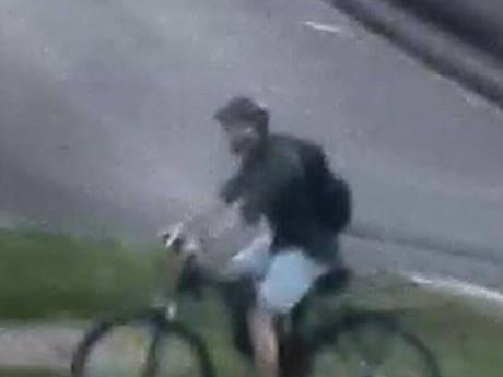 Colis piégé à Lyon: la police diffuse de nouvelles photos du suspect, toujours en fuite