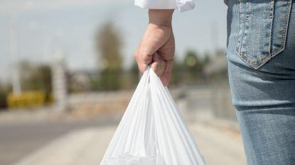 In deze supermarkt krijg je geld als je plastic draagtas terugbrengt