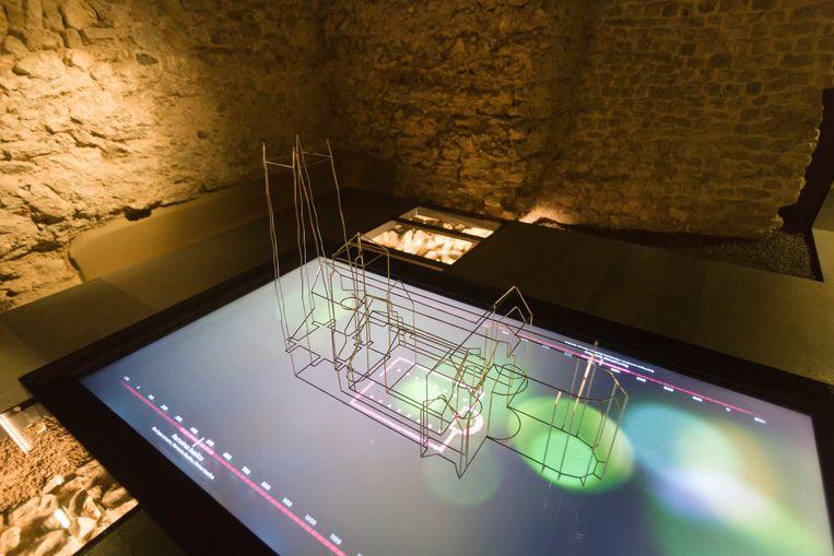 De bijdrage van Tongeren aan Terra Mosana is een 3D- reconstructie van zeven boven elkaar gebouwde kerken waarvan resten zijn blootgelegd en te bekijken onder de basiliek.