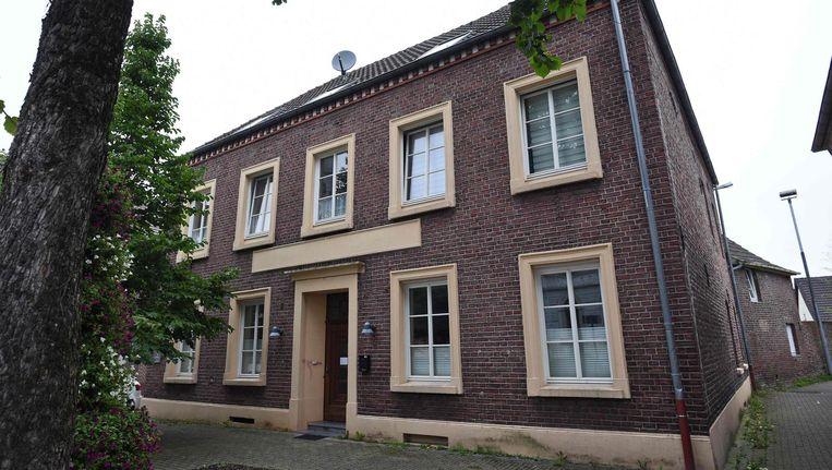 De kliniek van de Duitse natuurgenezer Klaus Ross in het Duitse Bracht. Beeld afp