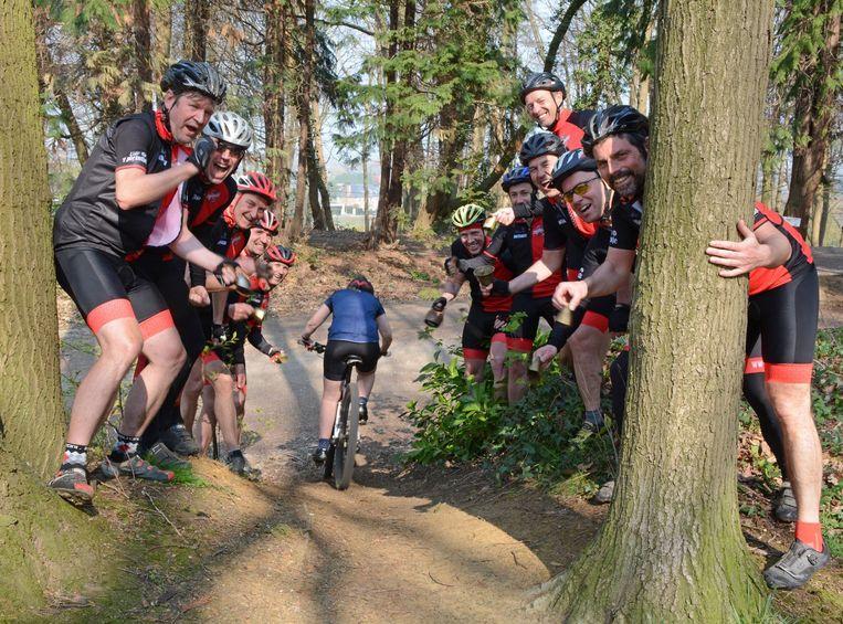 De Powerbikers in het bergbos