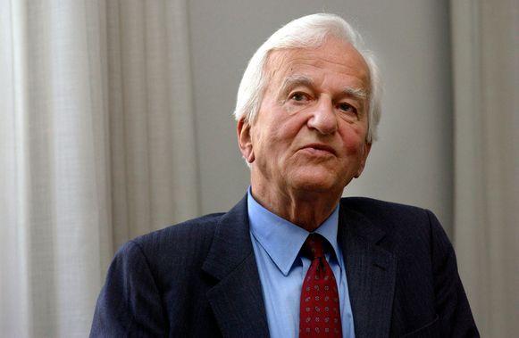 De overleden Duitse oud-president Richard von Weizsäcker is de vader van de gisterenavond doodgestoken Fritz von Weizsäcker.