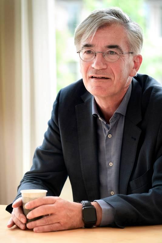 Nederland,  Den Bosch, rector Jean Wiertz van het Sint-Janslyceum
