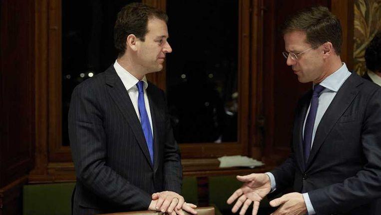 Premier Mark Rutte (R) en minister Lodewijk Asscher. Beeld anp