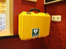 In de Betuwe hangen teveel AED's binnen