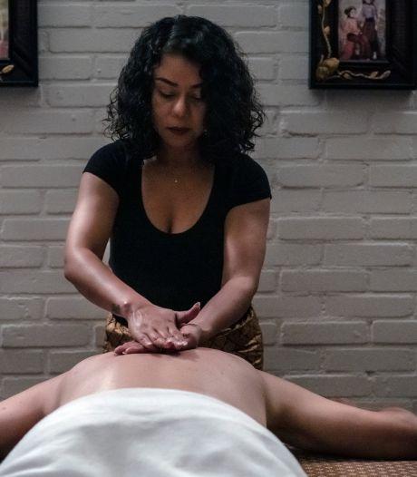 Thaise massage met handdoek als strikte grens?