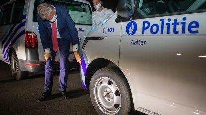 Als eerste in België: nieuwe combi moet politie Aalter 's nachts zichtbaarder maken
