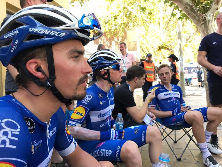 Evenepoel en Alaphilippe voor de start van de eerste rit in San Juan.