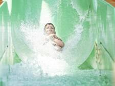 Grootste aquapark Twente ondanks hitte niet volgeboekt: 'Nu rustiger'