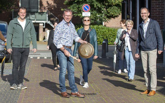 Links Guido Meinders, in het midden Seino Baan en rechts Joop Voortman.