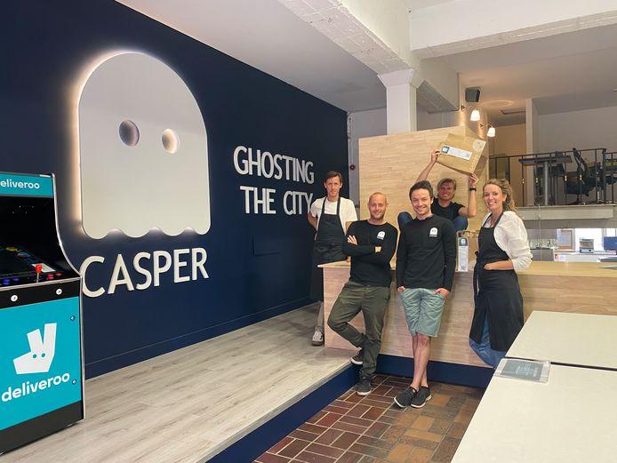 Opening van de eerste Casper in de Lange Violettenstraat in Gent.