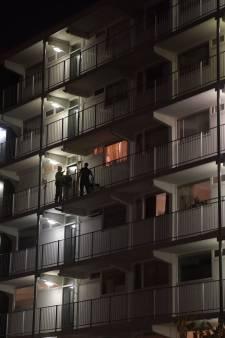 Overvallers dreigden vingers hoogbejaarde vrouw af te snijden in Eindhoven, veel geld gestolen