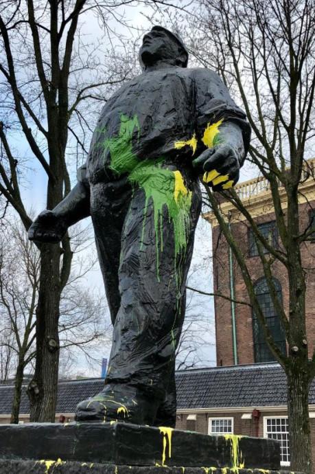 ADO neemt afstand van vandalisme in Amsterdam: 'Respectloos en triest'